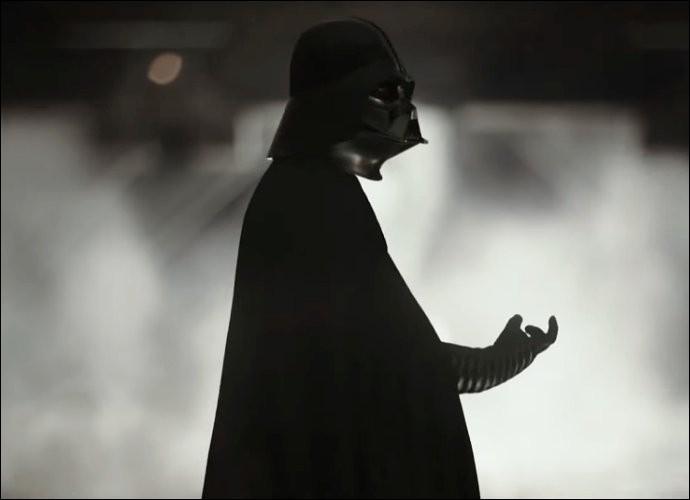 Qui Dark Vador étrangle-t-il ?