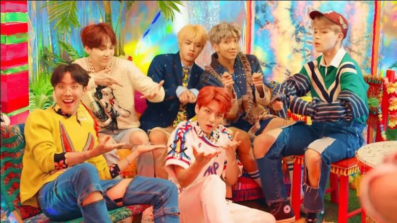 Question spéciale BTS. Choisis, parmi ces chansons, celle qui a bien été chantée par BTS.