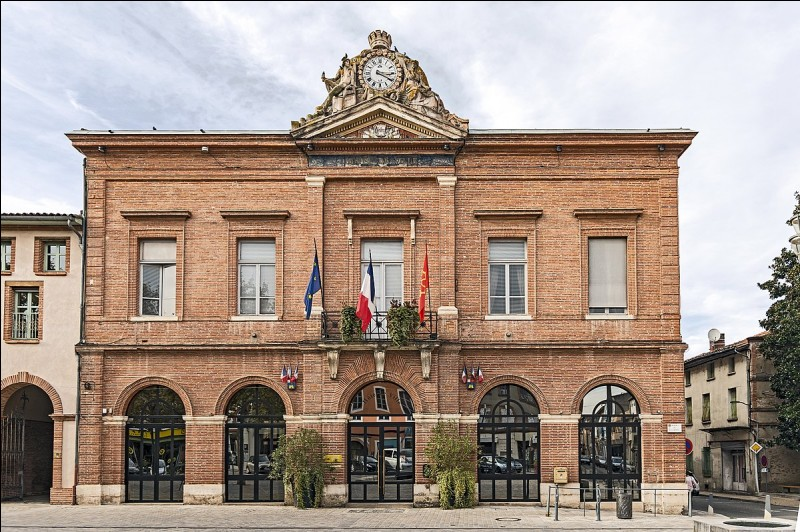 Quelle est la sous-préfecture du Tarn-et-Garonne ?