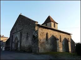 Nous terminons cette promenade en Nouvelle-Aquitaine, à Saint-Estèphe. Village du Périgord vert, il se situe dans le département ...