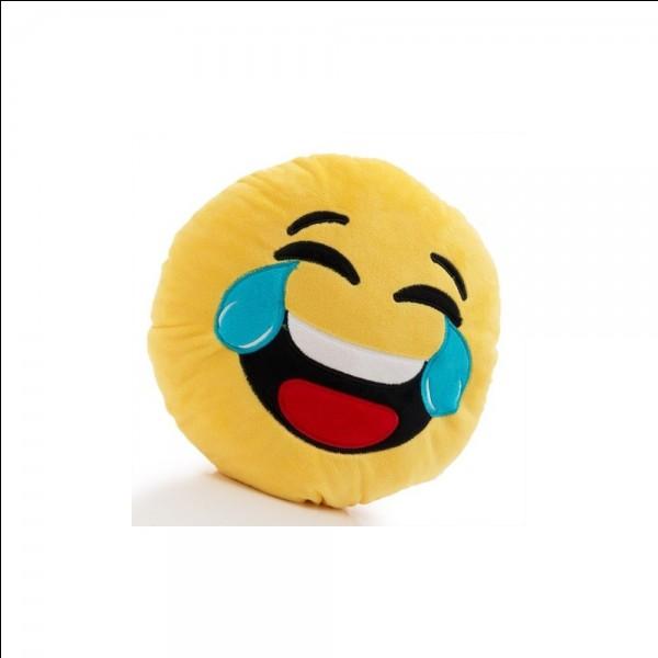 Complétez la blague : Un clown va chez le docteur et lui dit : « Docteur vite, __________ »