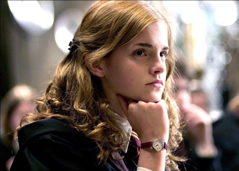 Hermione est plus jeune qu'Harry :