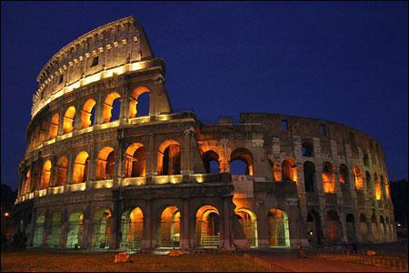 Voici une photo du Colisée à Rome.