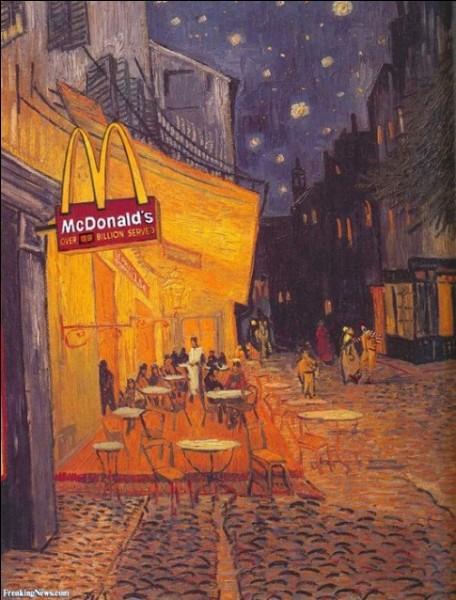 On dit que le temps passe. Ce qui est certain : les choses changent ! Où la chaîne de restauration rapide, McDonald's, a-t-elle suspendu son enseigne ?
