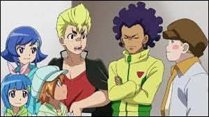 Dans l'épisode 12, qui pense que Valt et Rantaro sont nul et ne servent à rien dans l'équipe ?
