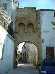 Nous partons maintenant à Prades-le-Lez (Hérault). Comment se nomment les habitants de cette commune ?