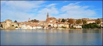 Nous partons à déguster un bon cassoulet à Castelnaudary (Aude). Mais avant, je vais vous demander le gentilé des habitants de cette ville.