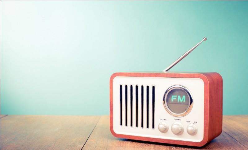 """Que signifie la phrase """"La radio non funziona"""" ?"""