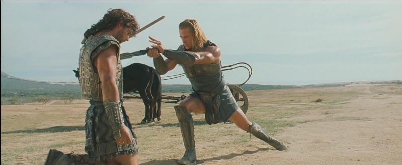 """Dans """"L'Iliade"""", quel héros grec tue le Troyen Hector lors d'un combat singulier ?"""