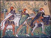 Les rois mages sont venus apporter des cadeaux pour cette naissance, il y avait de l'or, de l'encens et de la ...