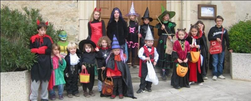 Que font les enfants à Halloween ?