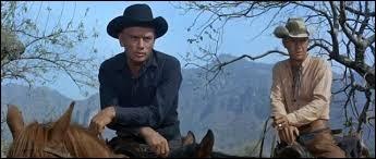 Complétez cette affirmation : « Dans un film de 1960, Yul Brynner combattait aux côtés de … mercenaires. »