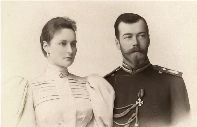 Quel est cet homme (ici en compagnie de sa femme) ?