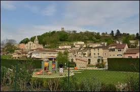 Les habitants de Mercurol (Drôme) portent le gentilé ...