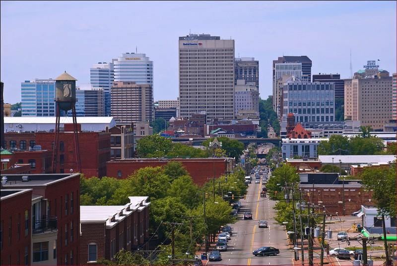 Cette ville américaine, capitale de l'Etat de Virginie, c'est :