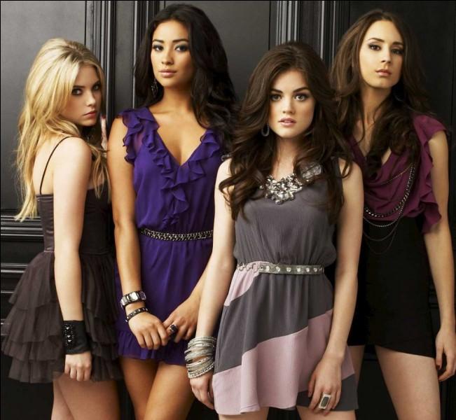 Laquelle de ces 4 filles est en couple avec Toby ?