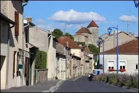 Pouvez-vous me donner le nom des habitants de Gondrecourt-le-Château (Meuse) ?