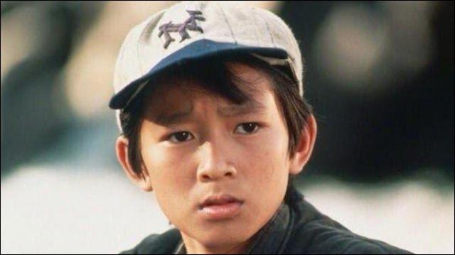 """Quel astre correspond au surnom du jeune Jonathan Ke Quan dans """"Indiana Jones et le Temple maudit"""", en 1984 ?"""