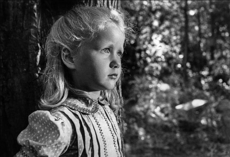"""Quel est le prénom de la petite interprétée par Brigitte Fossey dans """"Jeux interdits"""" ?"""