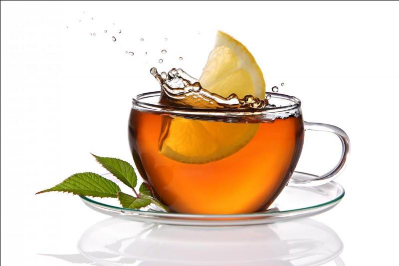 Combien de tasses de thé consommes-tu par jour ?