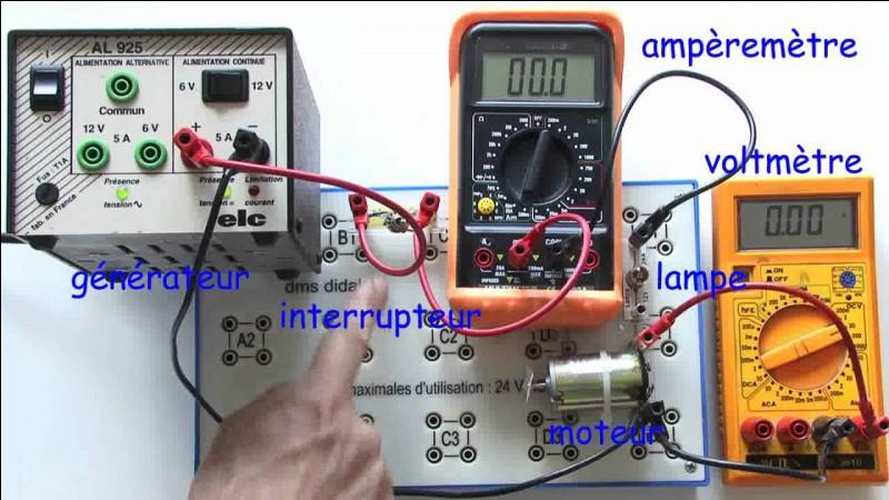 """Complétez correctement : """"Le (l') … est l'unité de mesure de l'intensité électrique."""""""