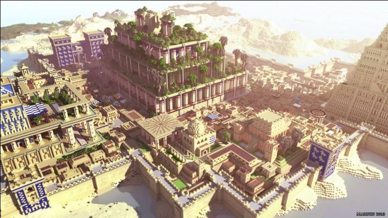 Il y a 5 500 ans, les Sumériens dominaient le Sud de la Mésopotamie. Ils fondent des cités-États, des villes ayant leurs propres lois et dieux. Et, après des siècles de guerre, une ville, située dans l'Irak actuel, atteint son apogée avec le règne du roi Nabuchodonosor II. C'est la ville de...