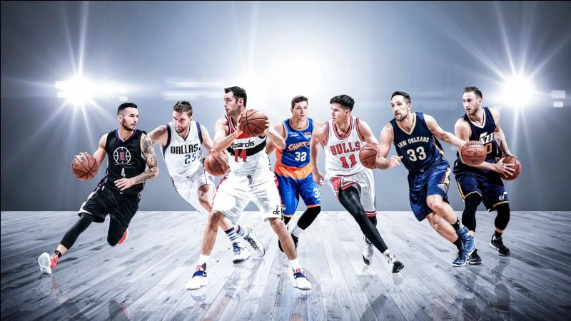 Par combien de franchises est-il passé (en NBA) ?