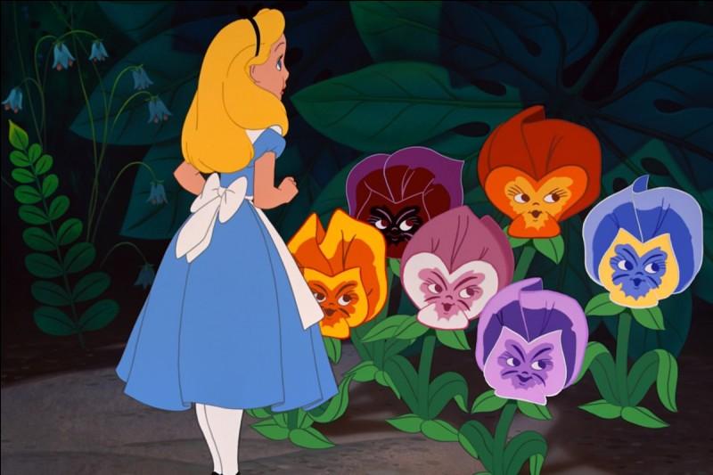 """C'est un animal du conte """"Alice au pays des merveilles"""" :"""
