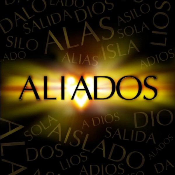 """Dans """"Aliados"""" avec quel personnage de """"Soy Luna"""" joue-t-elle ?"""