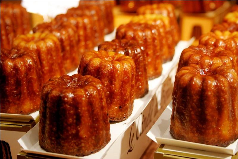 Ce petit gâteau est un délice : croustillant à l'extérieur, fondant à l'intérieur avec un petite touche de rhum. Bref, on en mangerait des tonnes ! Comment s'appellent ces spécialités de Bordeaux ?