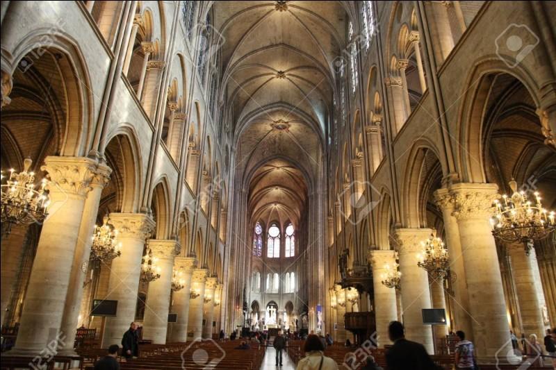 De 1844 à 1864 la cathédrale va se faire restaurer sous la direction de quel architecte ?