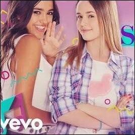 Qui sont ces deux filles ?