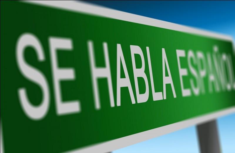 """/Espagnol/ Conjuguez l'auxiliaire """"Haber"""" à la première personne du pluriel, au présent de l'indicatif."""