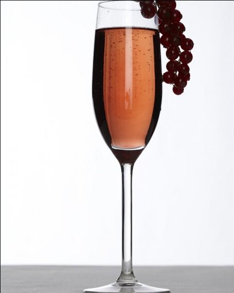 Cette boisson alcoolisée (toujours avec modération) faite pour l'apéritif se nomme comme ça grâce à un maire du même nom, monsieur Kir. De quelle ville était-il maire ?