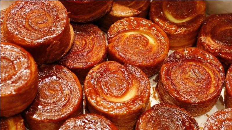 Ces petits kouign amann typiquement bretons sont constitués essentiellement de beurre et de sucre, la Bretagne quoi ! Que veut dire la traduction de leur nom ?