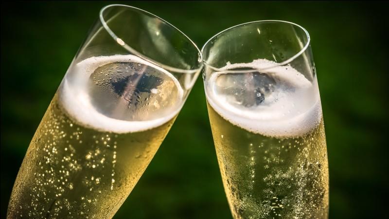 Quelle est la boisson star de la région et de tous les mariages, toujours à consommer avec modération ?