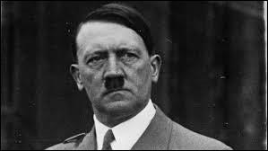 Ce chef d'État allemand a instauré une dictature, provoqué la Seconde Guerre mondiale et tué des millions de personnes. Son nom était...