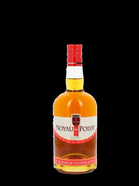 Qu'est-ce qui est macéré dans du cognac et du sucre pour donner le Noyau de Poissy ?