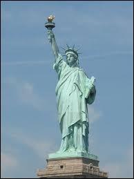 La célèbre Statue de la Liberté s'y trouve.