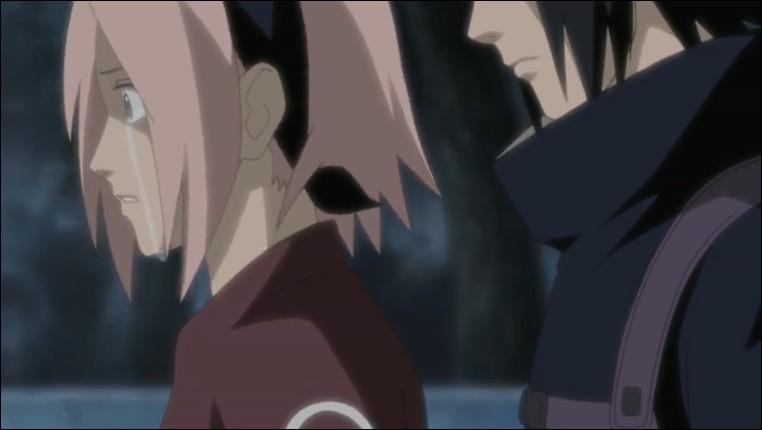 Quelques épisodes plus tard, Sasuke déserte Konoha. Sakura, première au courant...