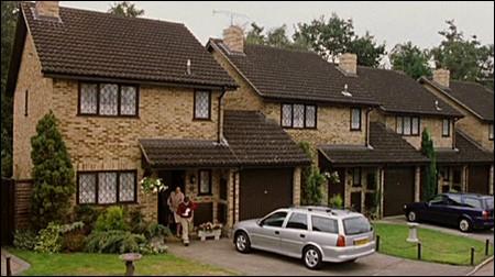 Quelle est l'adresse du domicile de Harry ?