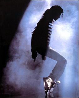 Quel film, sorti en octobre 2009, raconte l'histoire d'un des plus grands chanteurs au monde ?