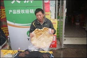 Préfères-tu manger chinois ou de la pizza ?