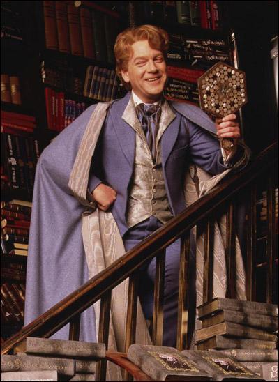 Dans quelle librairie Gilderoy Lockhart dédicace-t-il ses livres ?