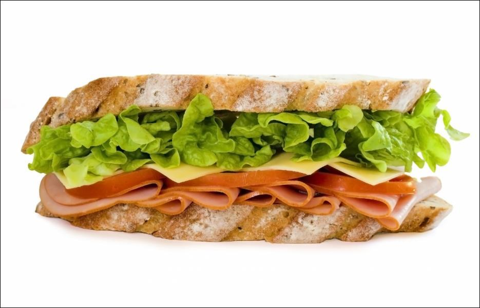 Quelle est la particularité des sandwichs que Minerva McGonagall donne à Harry et Ron en guise de repas ?