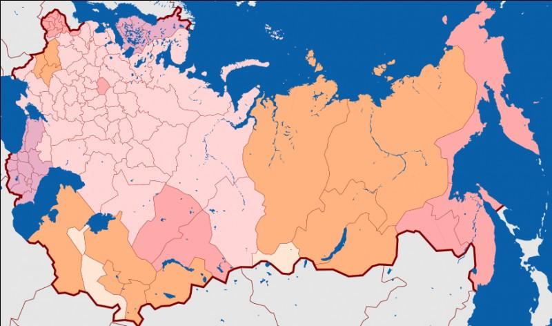 Pour rompre l'encerclement par l'Entente, l'Allemagne tente d'obtenir dès février 1915 une paix séparée avec