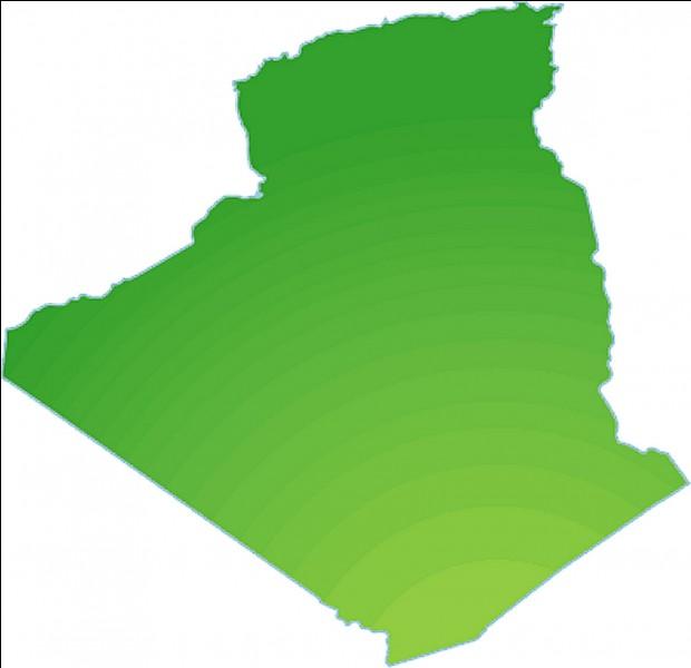 Ce pays a des frontières avec l'Algérie.