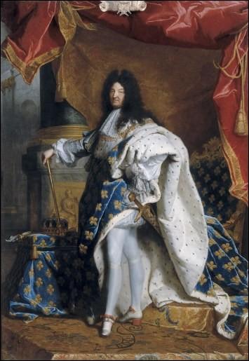 Louis XIV (de 1643 à 1715) était lui aussi surnommé le Grand et son second prénom était Dieudonné. Quel autre surnom plus connu lui fut attribué ?