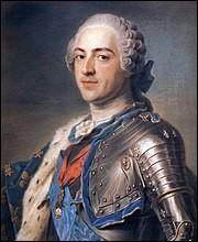 Quel était le surnom de Louis XV (de 1715 à 1774) ?
