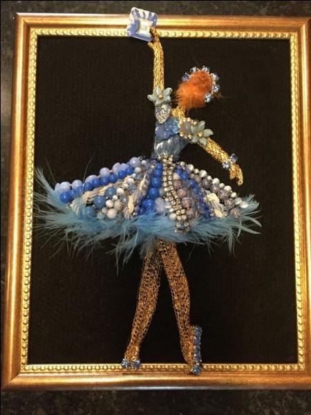 Quel peintre impressionniste est connu pour avoir représenté, sur des quantités de toiles, des danseuses ?